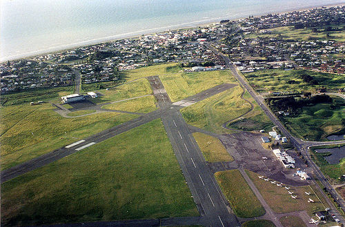 Paraparaumu Airport. Photo by Phillip Capper.